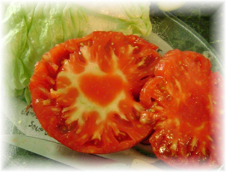 tomato odd heart